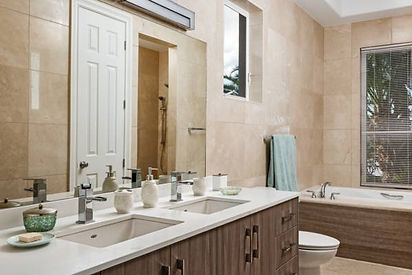 breezy-villa-bathroom1.jpg