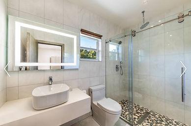 Alainn Bathroom 2.jpg