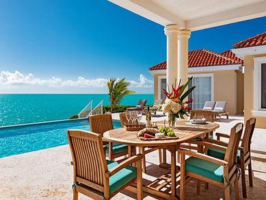 breezy-villa- outside dining.jpg