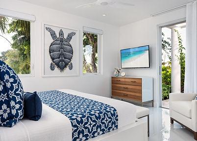 Footprints bedroom 2.75.jpg