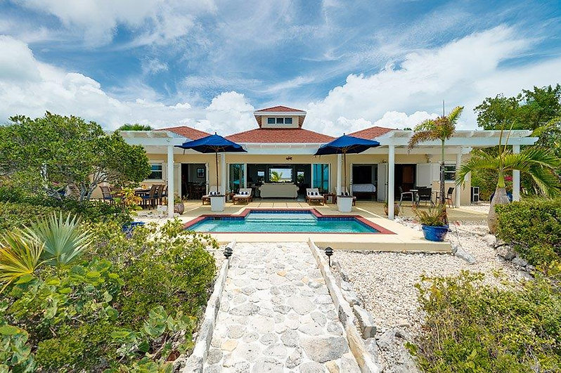 Five Little Cays House is a luxury villa rental located in the south side of Providenciales, Turks and Caicos Islands.