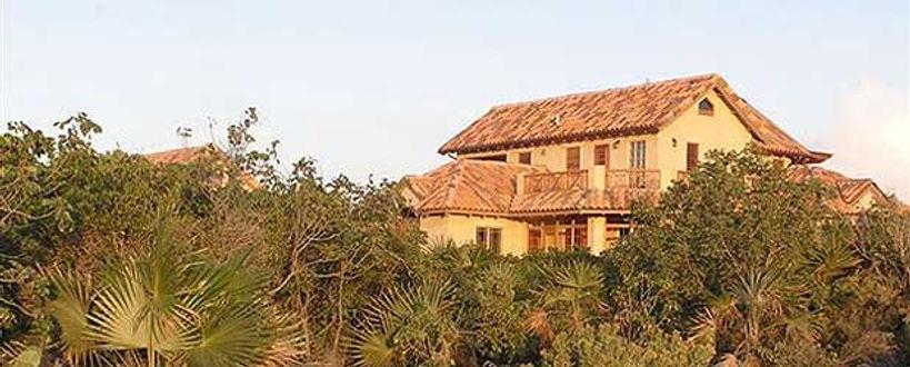 Villa Rosso de Sera is a luxury villa rental located on the island of Providenciales, Turks and Caicos Islands.
