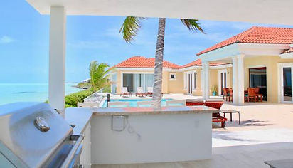 breezy-villa-outside grill.jpg