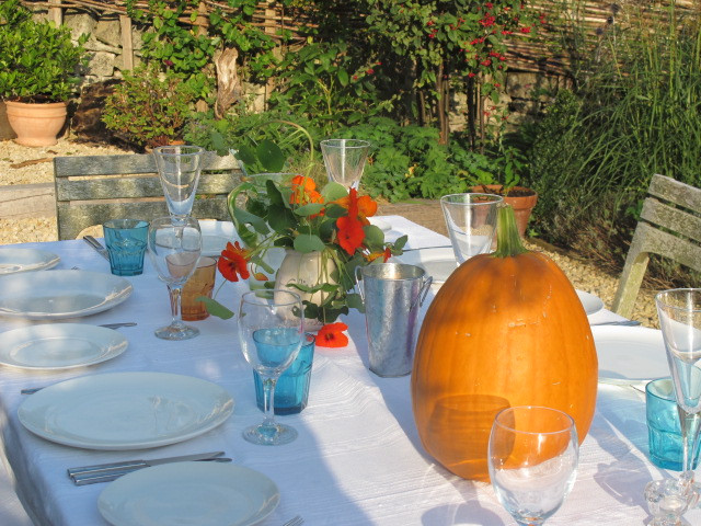 Harvest supper - the food is coming