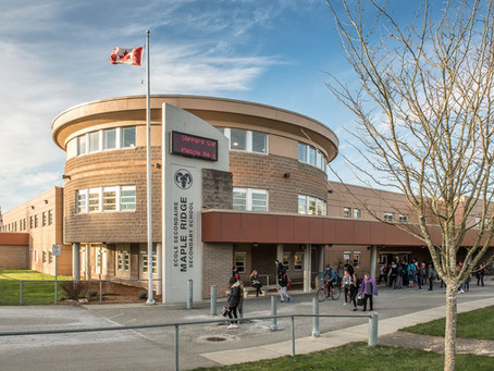Maple Ridge - Pitt Meadows School District โรงเรียนรัฐบาลหลักสูตร IB ใกล้แวนคูเวอร์