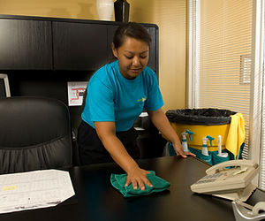 Healthcare_cleaning_office_(janitorial)