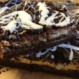 Chocolate & Raspberry Cheesecake Bar