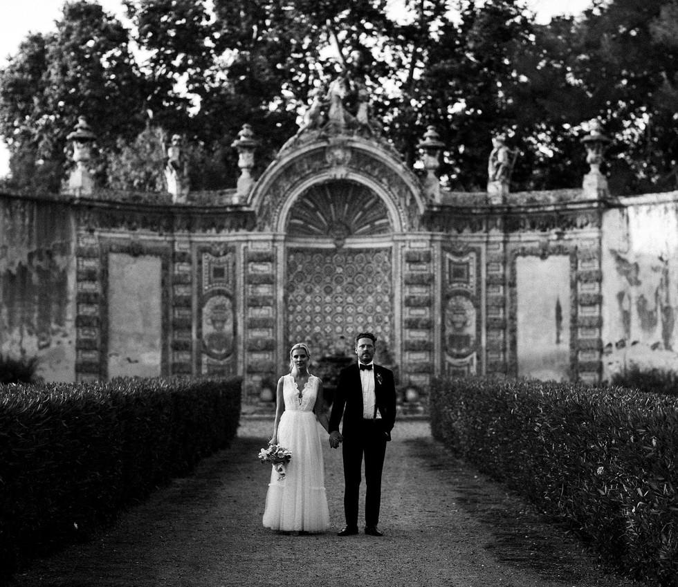 Mari+Rowan_weddingday_00588.jpg