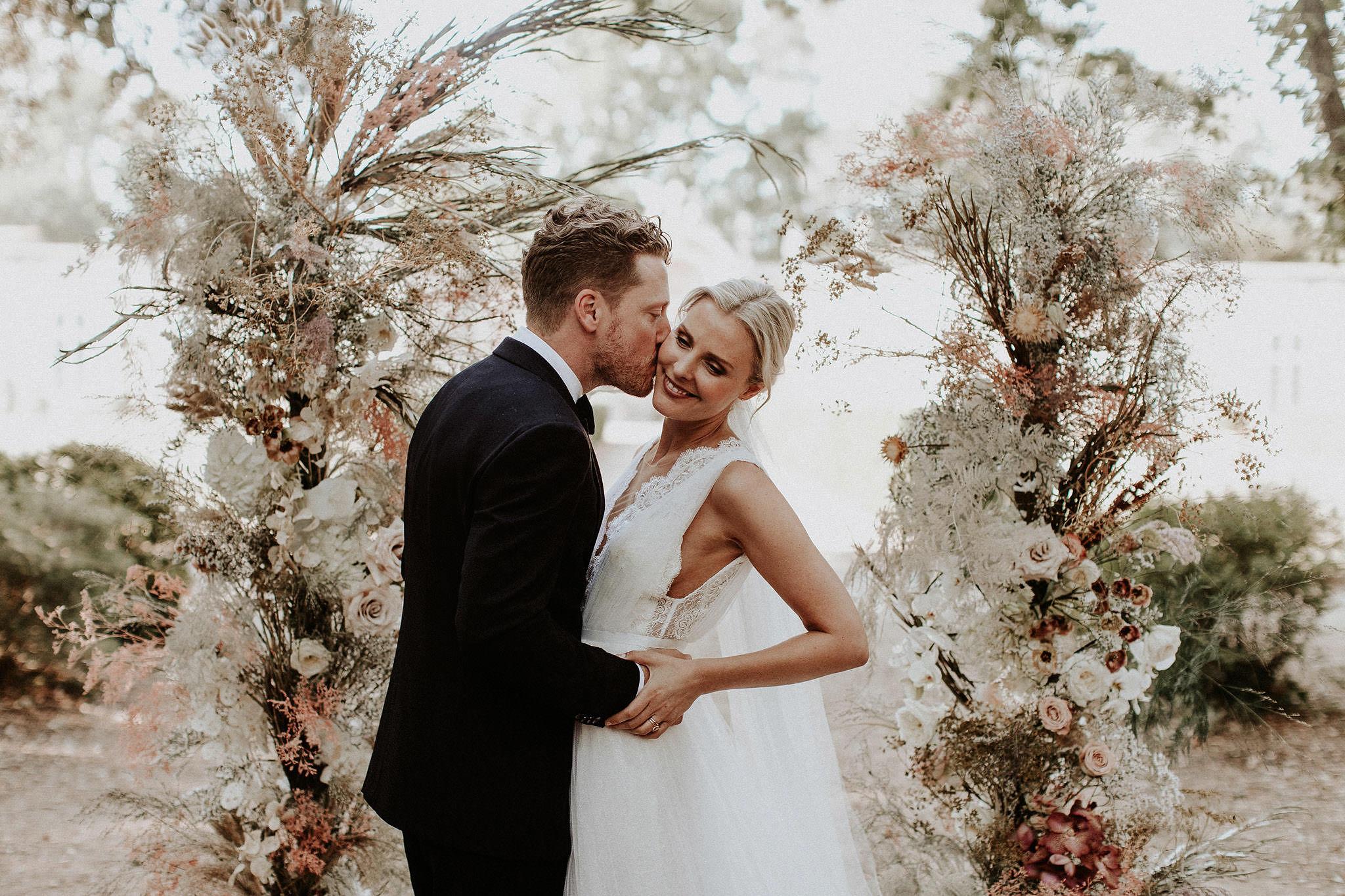 Mari+Rowan_weddingday_00340