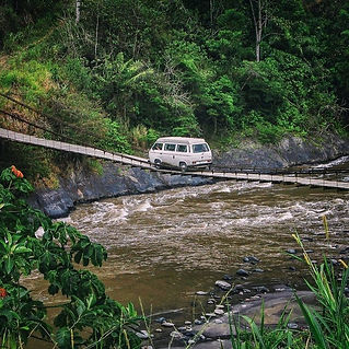 living-in-van-life-travel-photography-11