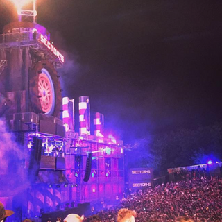 Chaz worked as an Artist Liaison for Eye of the Storm at Boomtown Fair