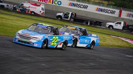 GIANCARLO VECCHI Y ANDRÉS PÉREZ DE LARA  HACEN EL 1 – 3 EN LA FECHA 4 DE NASCAR