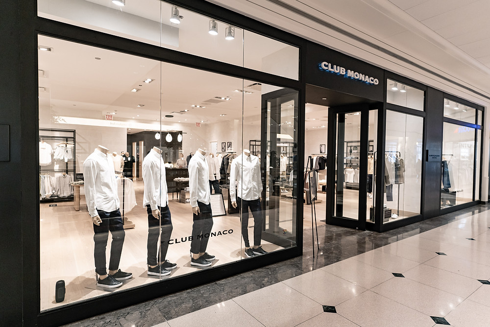Club Monaco in 900 North Michigan Shops