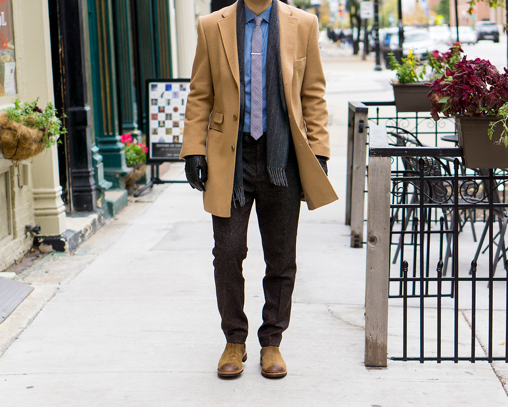 Dapper Professional wearing the Surrey Chelsea Boot