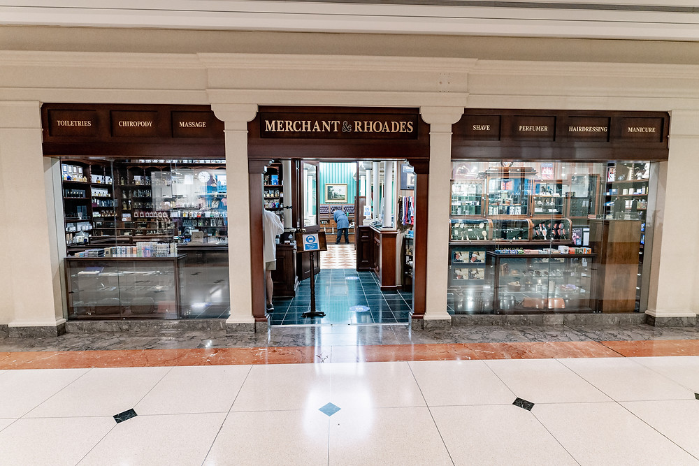 Merchant and Rhoades in 900 North Michigan Shops