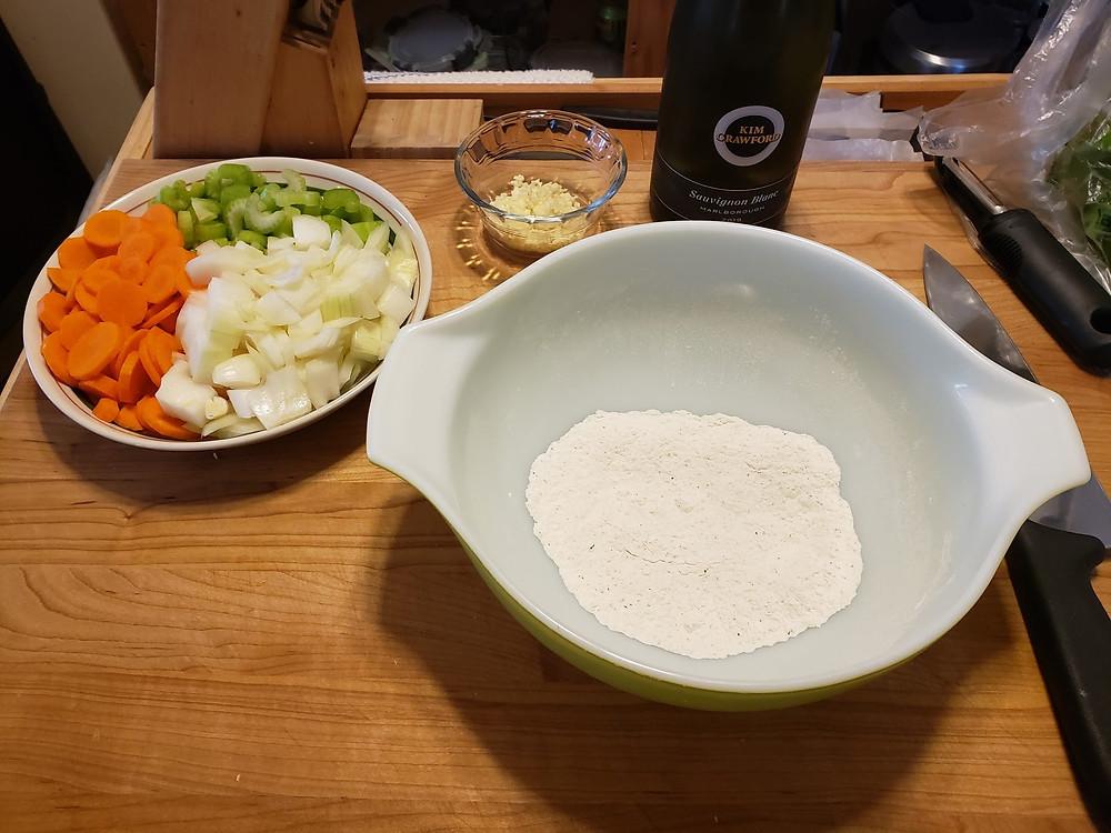 bowl of flour for dredging