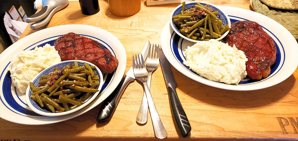 green beans mashed potatoes and steak