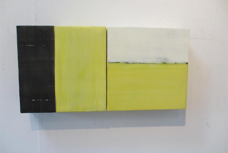 30.TRUMAN Quadrant Yellow-green Black Wh