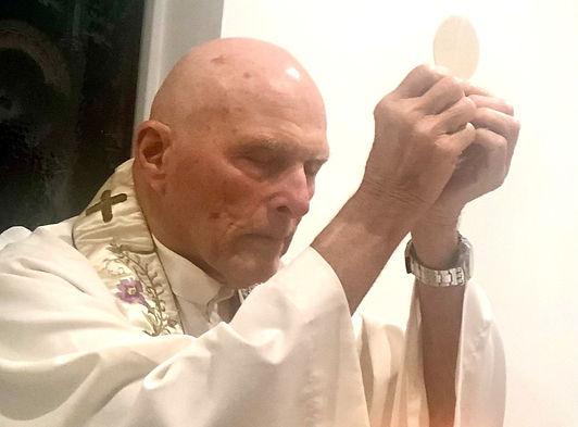 Fr Ron Ordination Mass.jpg