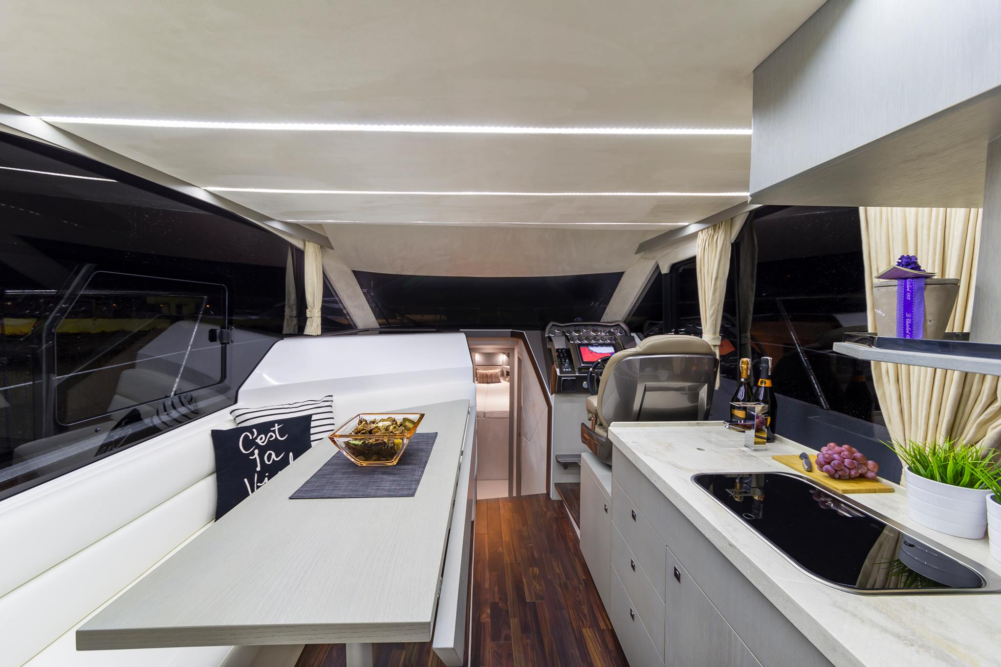 Galeon 360 fly interiors