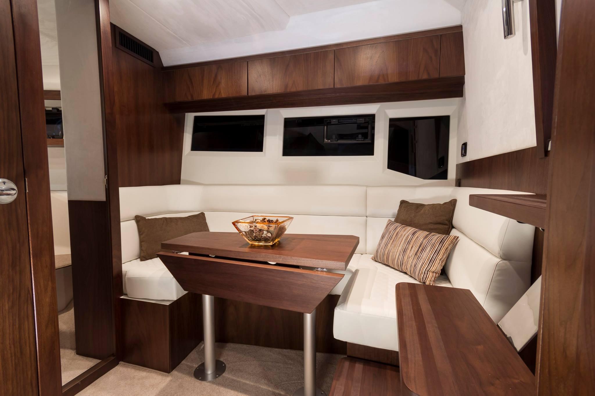 galeon 365 HTS interiors