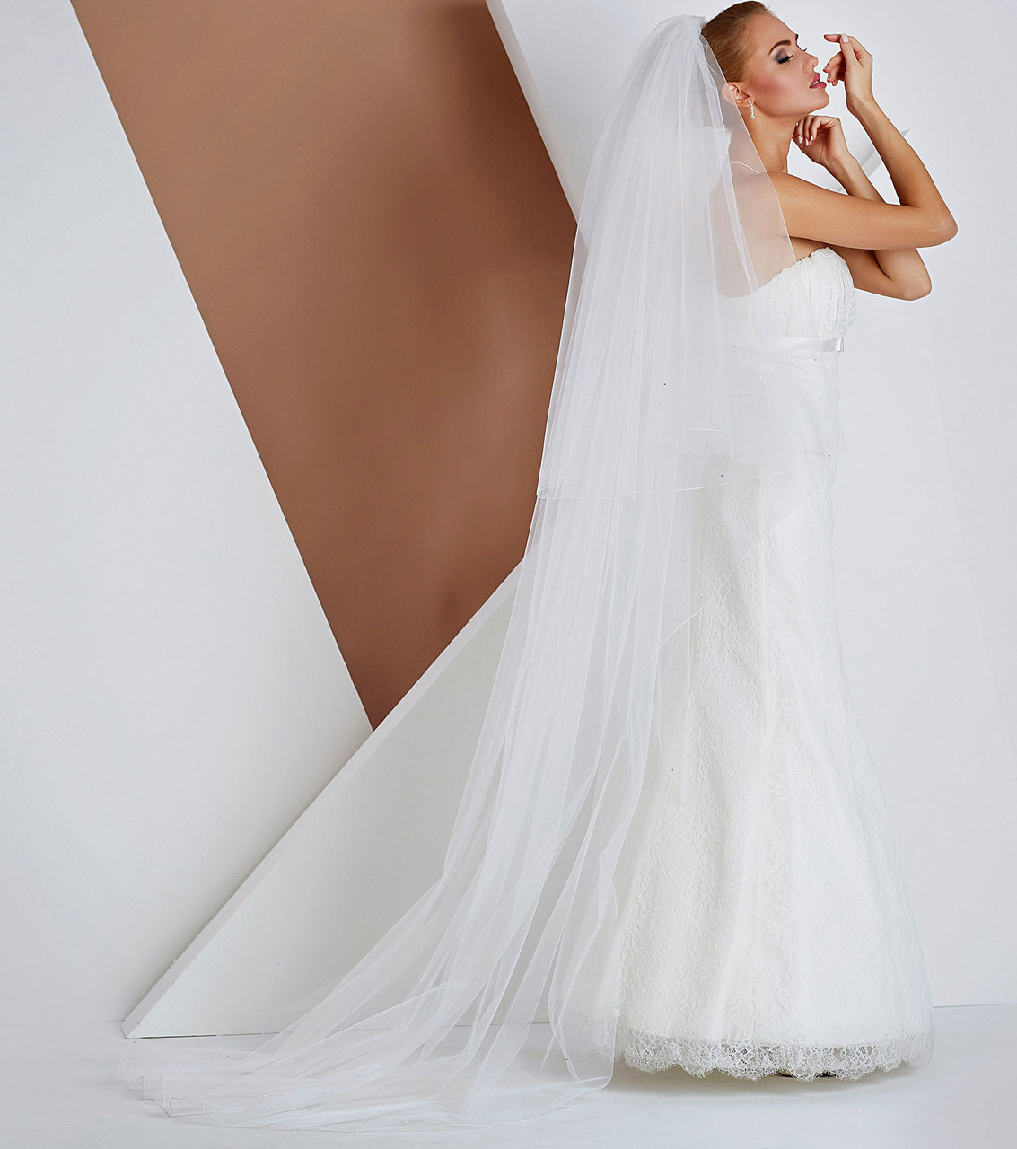 Valentia boutique accessories we have a beautiful collection of bridal veils please see a small collection online more designs available in store junglespirit Gallery