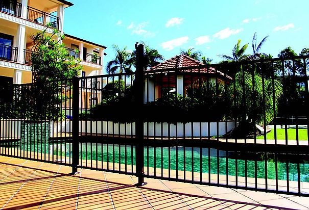 Flattop-Pool-Fence.jpg