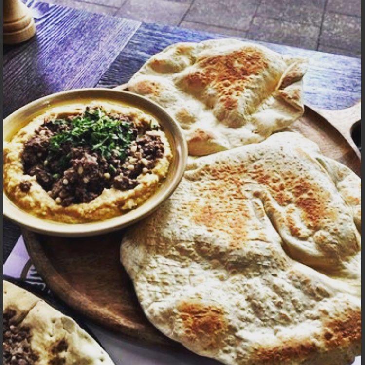 Hummus2.jpg