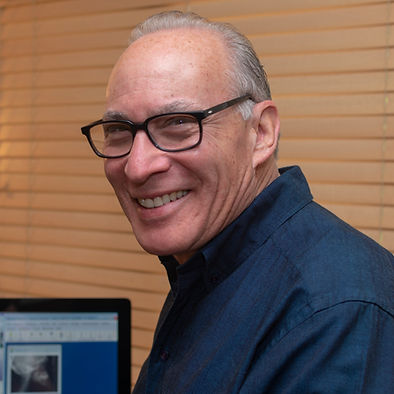 Photo of Dr. Neil Gorin, Board Certified Orthodontic Specialst in Brooklyn and Lynbook, New York.