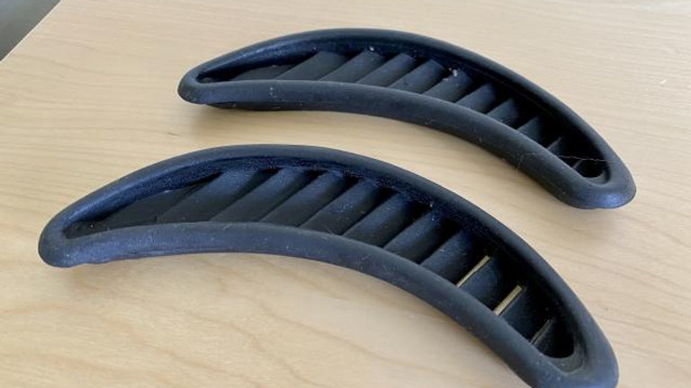 VW BUG AIR VENT TRIM SET NEW 71-77