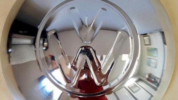 VW Bug Ghia Bus Early Hubcap LARGELOGO
