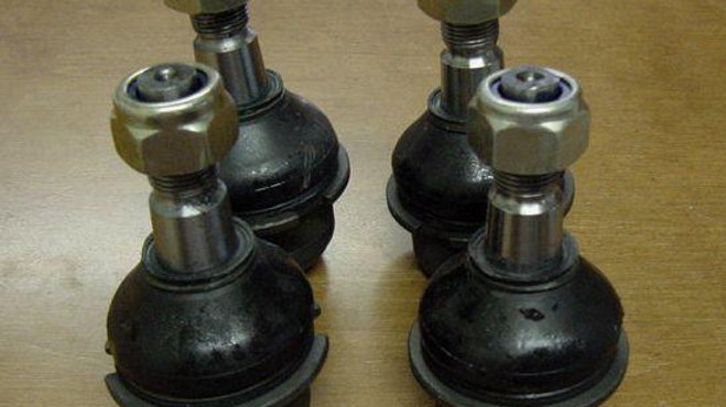VW Late BUS Bay Window ball joint set new