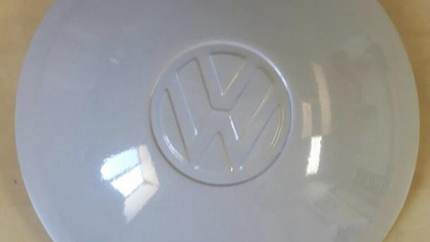 VW Early Bus Thing painted hubcap set