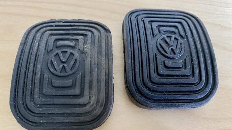 VW BUG BUS T3 BUG GHIA PEDAL PADS WITH LOGO SET