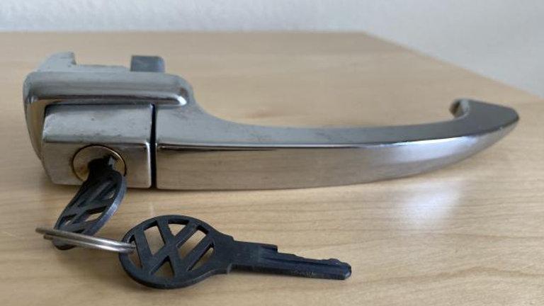 VW Bug Beetle Outside Door Handle with Keys NEW