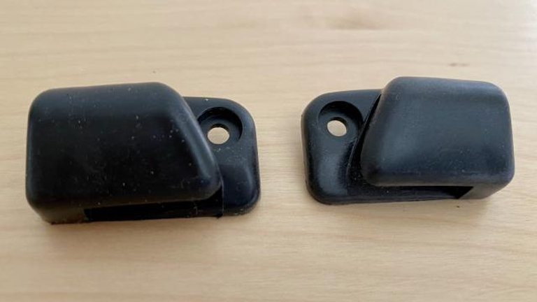 VW BUG GHIA TYPE 3 SUPER BEETLE SUN VISOR CLIPS OE