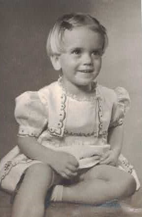 Frances Lillian Moore 2.5 yrs old 9.14.46.jpg