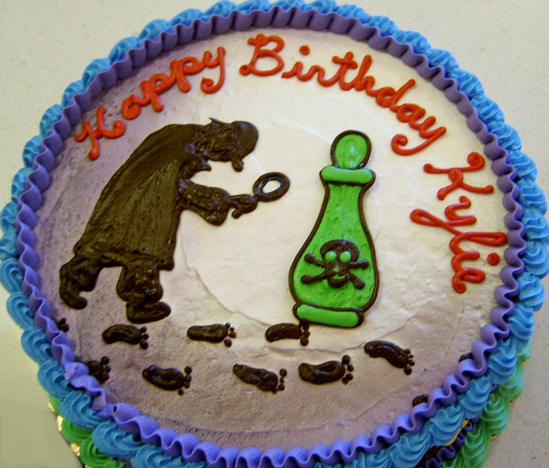 Girl Mystery Theme Cake