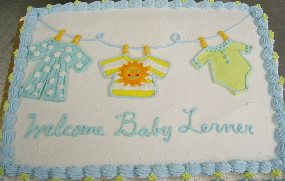 Baby Shower Clothes Line II Cake