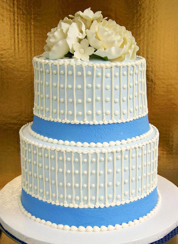 Vertical Line/Dot Wedding Cake