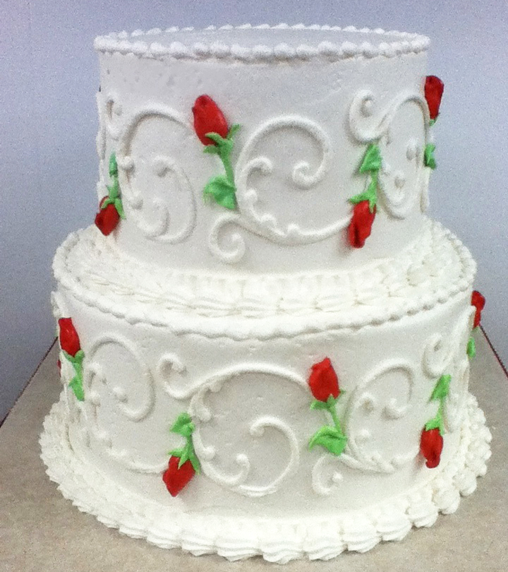 Running Scroll Rosebud Wedding Cake