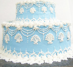 Elegant Blue and White Clamshell