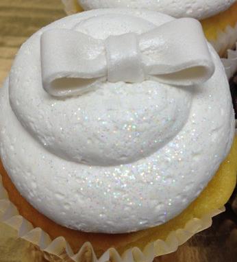 white bow cupcake