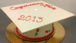 Graduation Sculpted Cap Cake