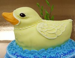 sculpted duck cake
