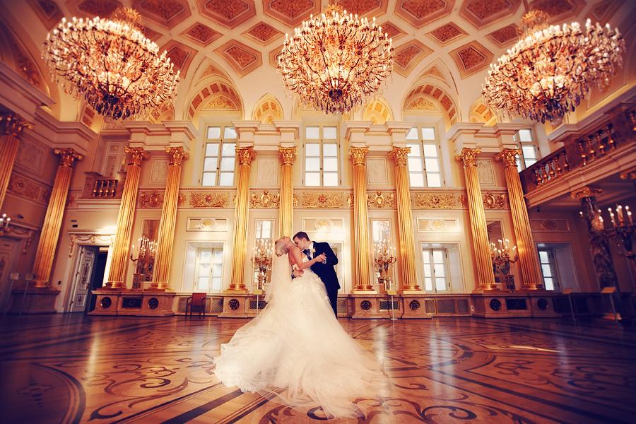 можете узнать, свадебная фотосессия во дворцах спб это участок