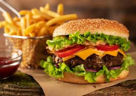 Dia do hambúrguer: descubra receitas de dar água na boca