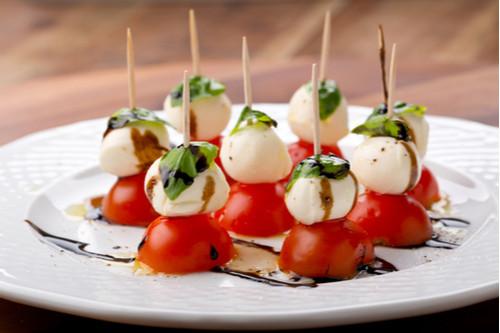 ideias de tira gosto para final de ano natal e ano novo queijo tomate