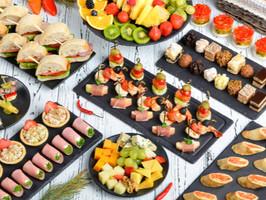 Finger food, canapés e outros petiscos para festas de fim de ano