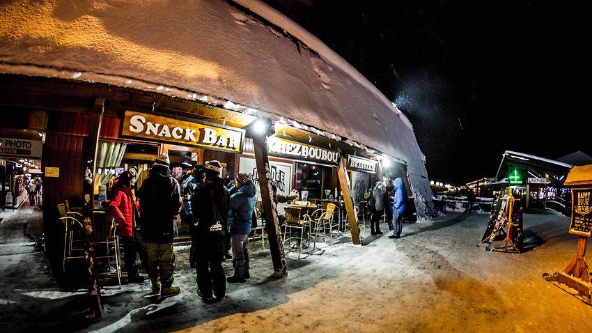 Chez Boubou , restaurant snack mountain bar & lasergame @ Les Arcs , Boug-saint-Maurice Savoie France